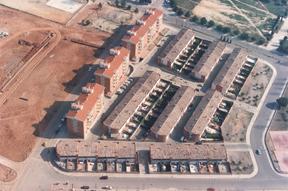 70 PISOS I 69 CASES SABADELL - Can Deu